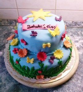 Szines emeletes torta 1. évesnek