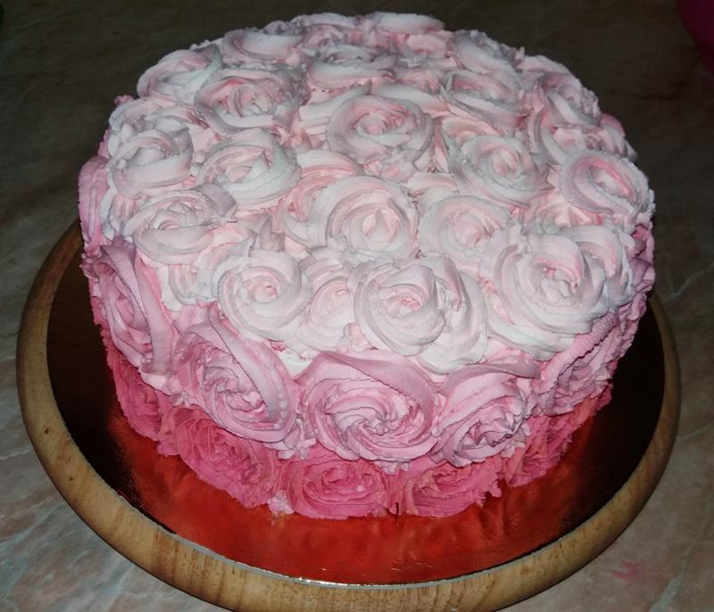 Ombre torta rózsaszín árnyalatokkal