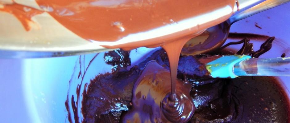 avokados-csokikrem-osszekeverese