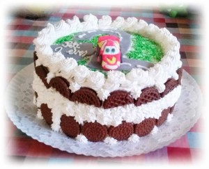 csokis-keksz-torta-autos