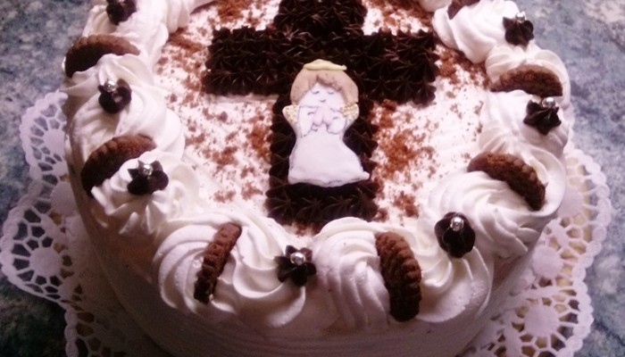 csokis-keksz-torta-keresztelore