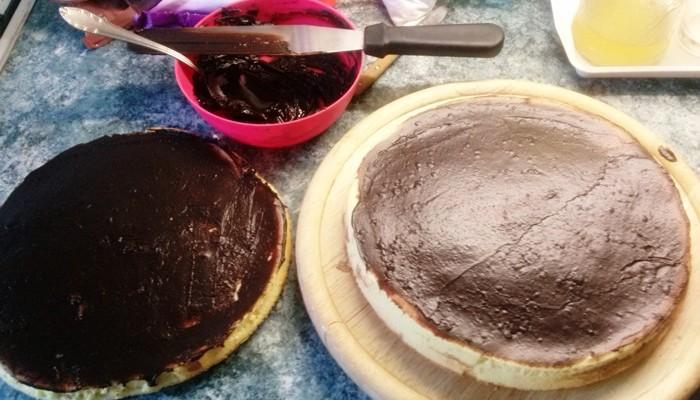 csokis-keksz-torta-osszeallitasa