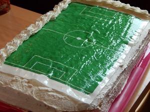 focipálya torta díszítése