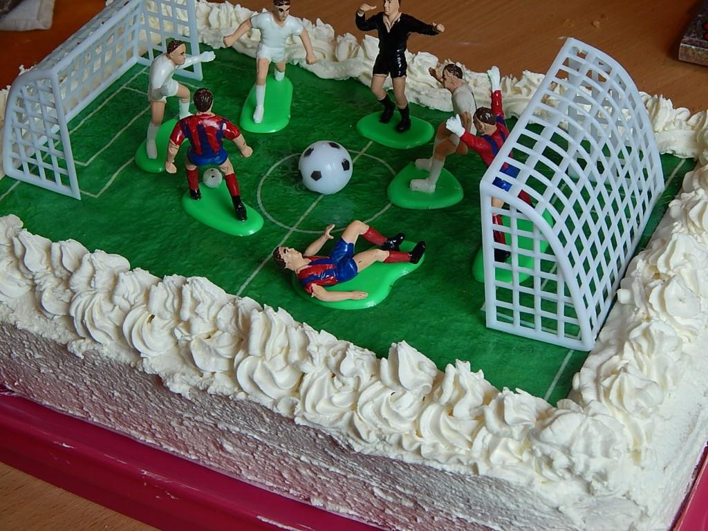focipalya-torta-tortadisszel2