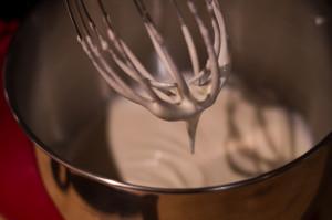 oreo torta - habtejszín felverése