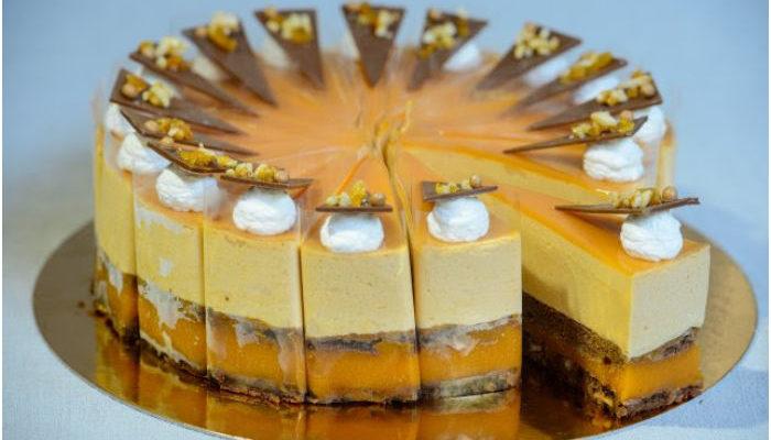 Pannonhalmi sárgabarack pálinkás karamell torta - Az Ország tortája 2015