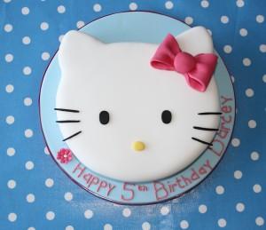 hello kitty torták képek Hello Kitty torta variációk   Tortareceptek hello kitty torták képek